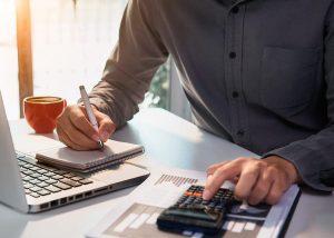 13° salário e o dissídio dos funcionários orgânicos nos custos do condomínio